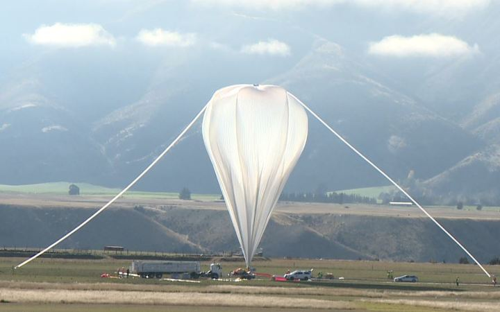 NASA super balloon to collect space data