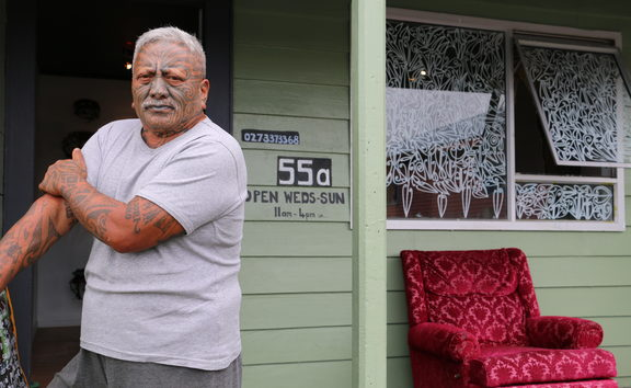 Tame Iti grew up in Taneatua in the 1950s.