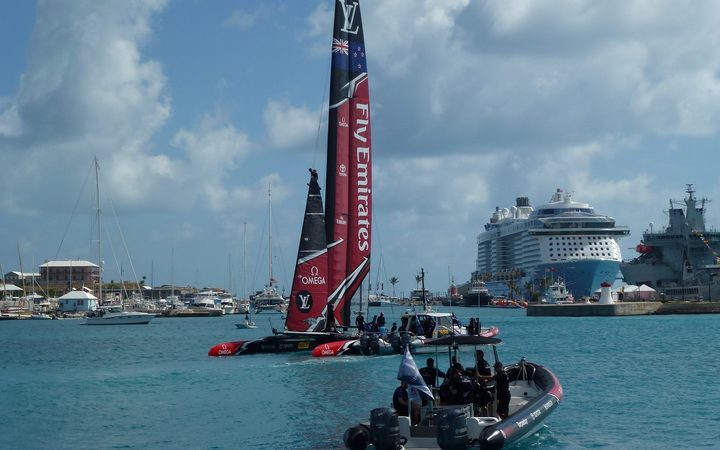 French crew in first America's Cup win, U.S. beaten