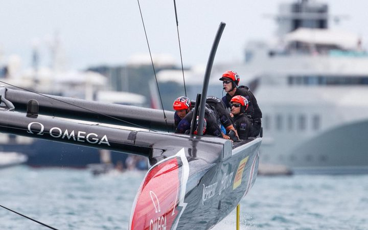 Team New Zealand have won five races against Oracle Team USA in Bermuda.