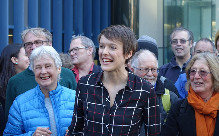 New Zealand law student launches climate change court case