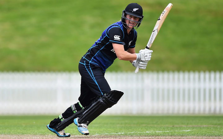 White Ferns player Sophie Devine during their 4th ODI match against the New Zealand White Ferns. Saxton Oval, Nelson, New Zealand. Thursday 17 November 2016.