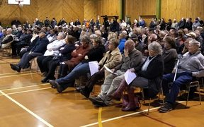 Hundreds of people attended the public meeting in Ashurst.