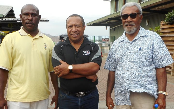 Sekie Agisa, left, Robert Agarobe and Sir Mekere Morauta.