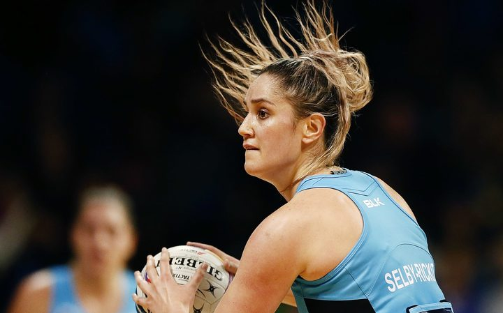 Te Paea Selby-Rickit of the Steel in action. 2017 ANZ Premiership.