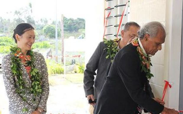 Prime Minister and Minister for Education & Training, Hon. Samuela 'Akilisi Pohiva opening of new classrooms for Fakakakai Government Primary School. Witnessing the event is H.E Sarah Walsh, NZ High Commissioner to Tonga.