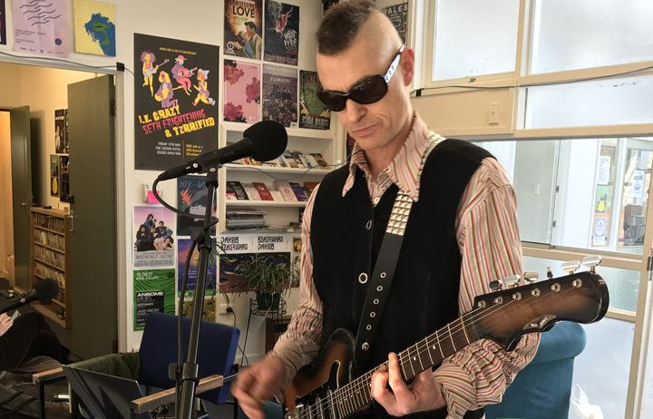 Chris Heazlewood of King Loser playing live at Radio One Dunedin