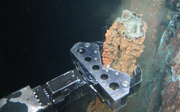 Sampling copper under the sea