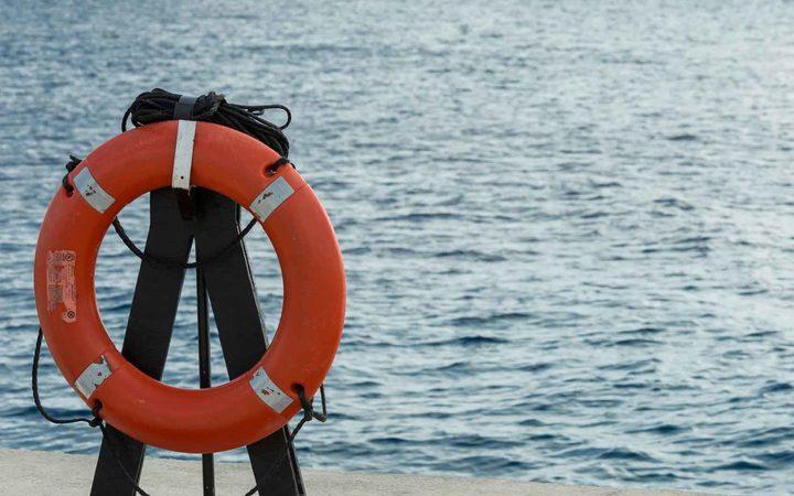 All safe after diving schooner sinks off Fiji