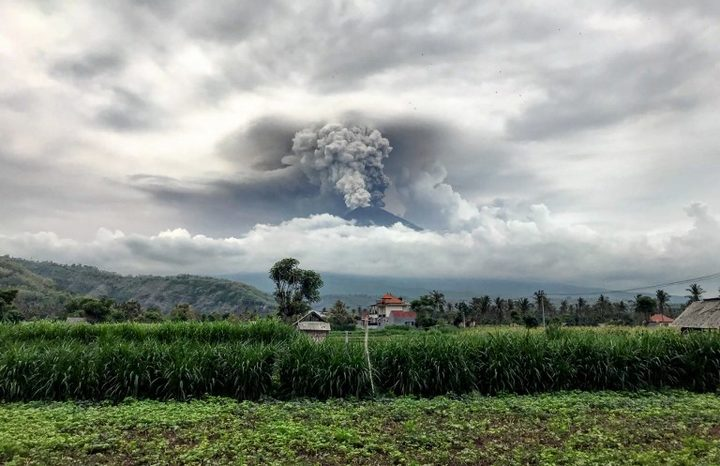 Mount Agung spews ash into the sky on 27 November.
