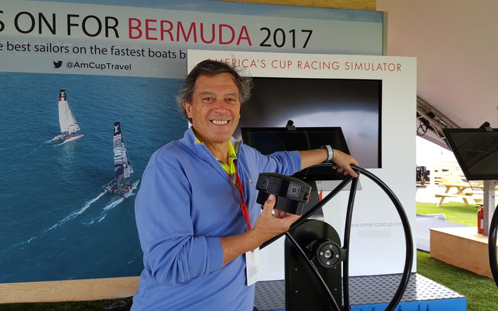 ARL's Ian Taylor in Bermuda with a simulator produced by the Dunedin firm