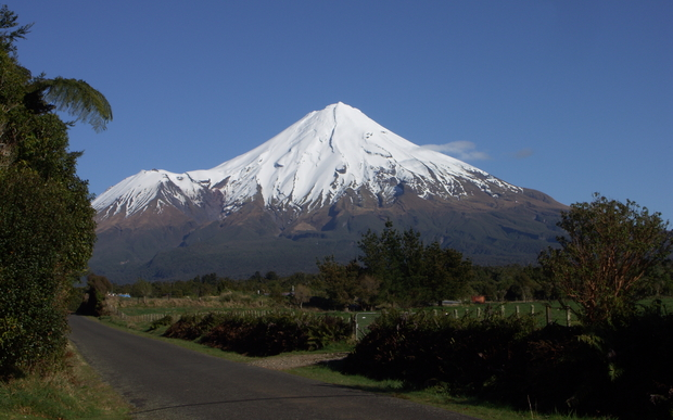 Mount Taranaki New Zealand  city photos : Mt Taranaki beautiful but deadly | Radio New Zealand News