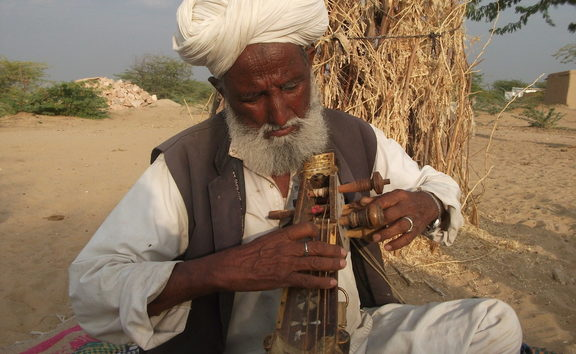 Hindal Khan from Dhantal village plays the kamaicha
