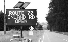 Road works continue on the Inland route to Kaikoura.