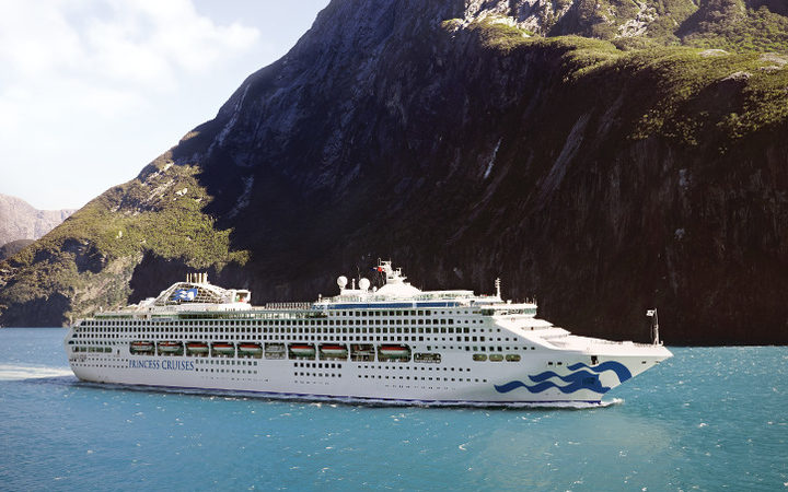 Hundreds Sick In Cruise Ship Gastro Outbreak Radio New Zealand News - Outbreak on cruise ship