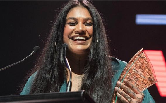 Aaradhna accepting her third award for the night - Best Pacific Female Artist.