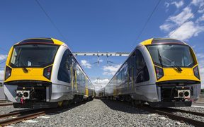 auckland trains