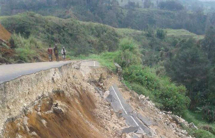 Portion of the new Mendi - Kandep road has been destroyed following the 7.5 earthquake.