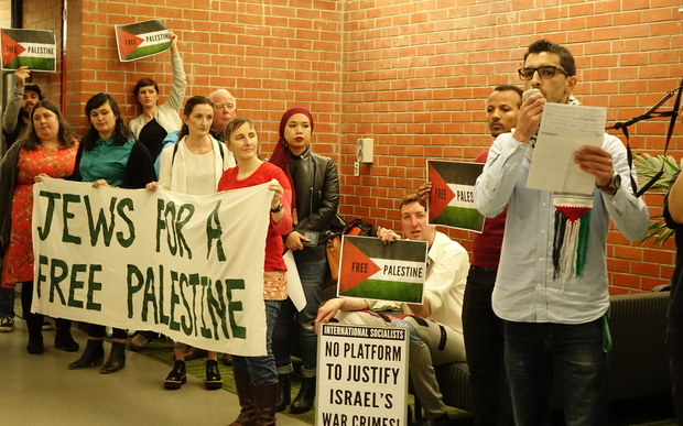 Protest against speech by Israeli soldiers at Victoria University