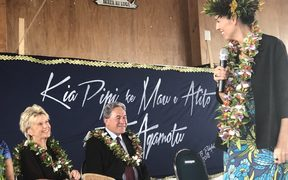 Winston Peters (centre) and Jacinda Ardern (right) in Niue.
