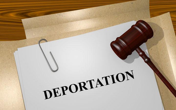 Call in Samoa for more support for deportees