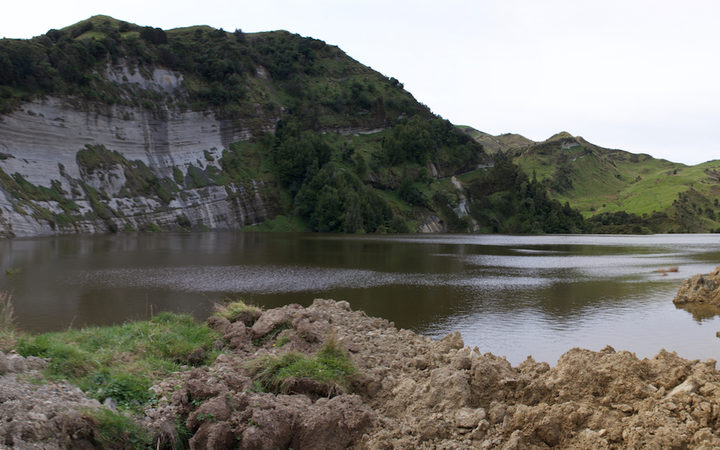 A landslide between Gisborne and Wairora has created a new lake on the Mangapoike River.