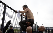 Air France manager Xavier Broseta flees from angry protesters