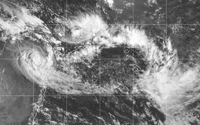 Sateliite image showing weather system over SW Pacific, April 4 2018