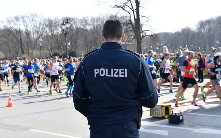 Police say 6 detained in foiled plot to attack Berlin half-marathon