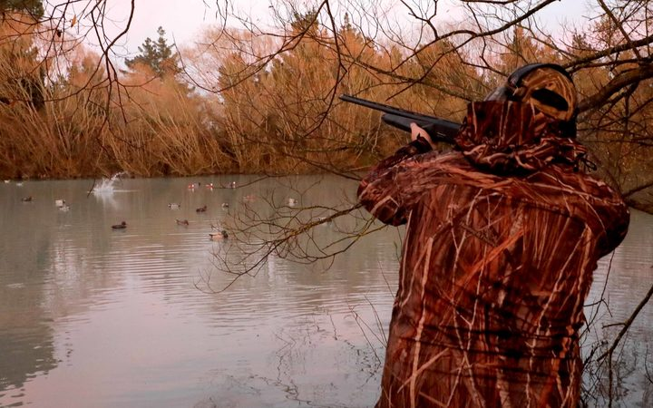 050518 Photo: Richard Cosgrove / Fish & Game NZ