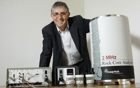 190410.NEWS: Phil Reid/Dominion Post.