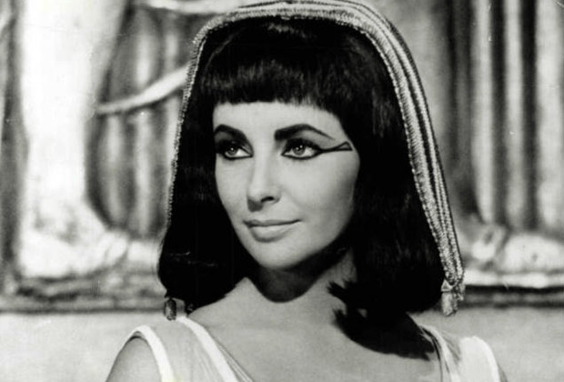 Elizabeth Taylor played Cleopatra in the 1963 film.