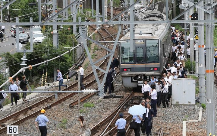 2 feared dead after quake  hits Osaka in western Japan