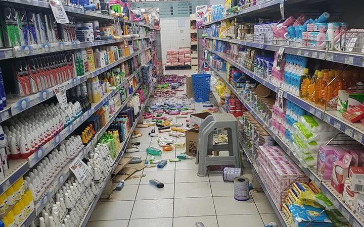 Shop in Vanuatu after the 6.1 quake