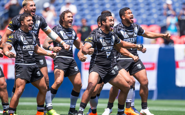 Picture by Allan McKenzie/SWpix.com / www.photosport.nz - 23/06/2018 - Rugby League -2018 RL International - New Zealand v England - The Broncos Stadium at Mile High - Denver, Colorado, USA - New Zealand perform the Haka.
