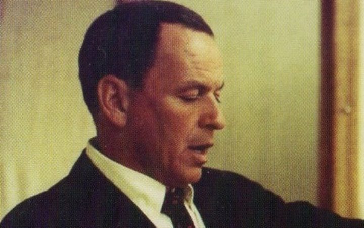Frank Sinatra - Strangers in the Night, cover image