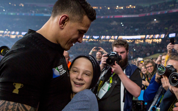 Sonny Bill Williams with the young fan indentified as Charlie Lines.
