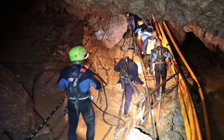 Thai Navy divers in Tham Luang cave during the early stages of the rescue operation.