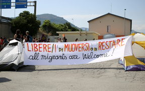 Italian No Borders movement supporters.