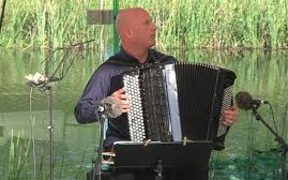 Accordionist James Crabb
