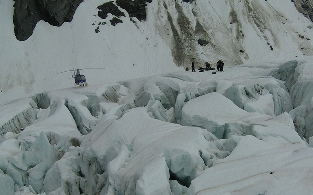 A recovery team made it onto Fox Glacier during a break in the weather on 25 November 2015.