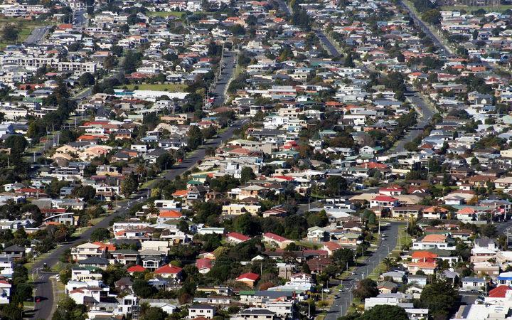 Demand sees Wellington housing prices surge   RNZ News