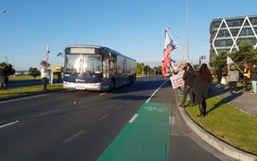 Bus drivers on strike in Auckland on 23 October.