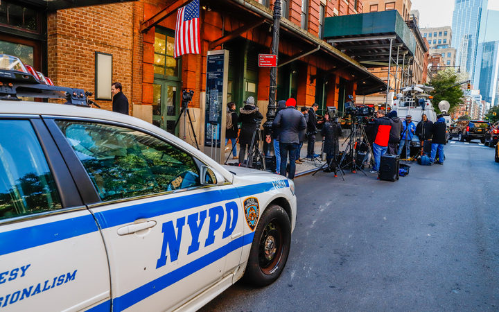 A packet with similar content to devices that appeared to be an explosive was sent to actor Robert De Niro in the building where the actor's producer Tribeca Productions and his restaurant Tribeca Grills are located in New York