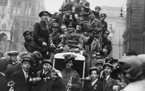 Armistice Day celebrations in Birmingham November 1918