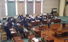 The Vanuatu government bench sported 31 MPs when the bell sounded for the parliament sitting this morning. 23 November 2018