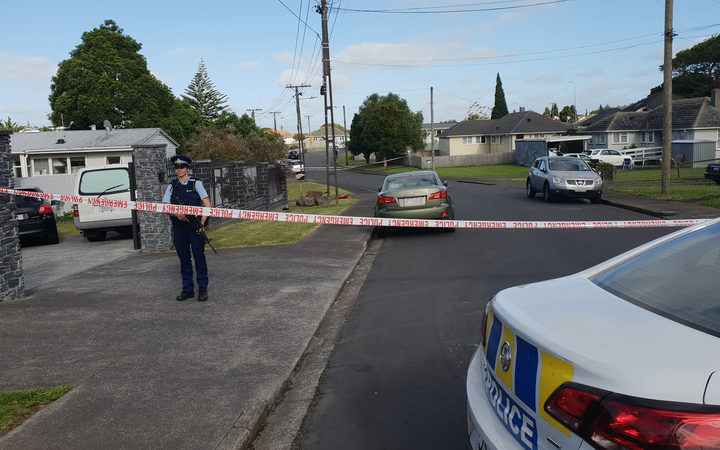 One dead and another seriously injured in Mt Roskill street
