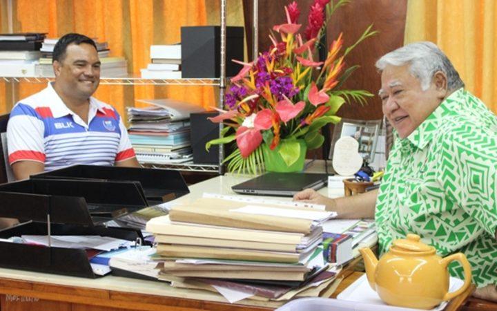 Manu Samoa coach Steve Jackson and SRU Chair and Prime Minister Tuilaepa Sailele Malielegaoi.