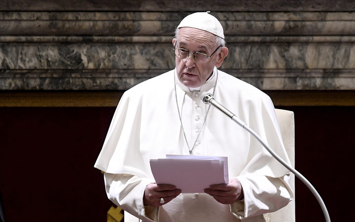 Pope To Pedophile Priests: Turn Yourselves In
