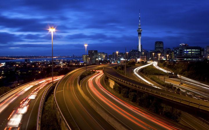 eight_col_Auckland-City-Traffic.jpeg?154